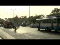 Jaywalking in India Woman crosses the Ring Road in