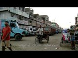 Goods carrier at the Azadpur mandi