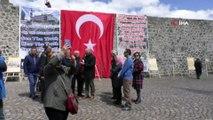 Ermenilerin katliamları Kars Ulu Cami'de sergileniyor