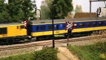 L'un des ponts ferroviaires les plus détaillés pour les trains miniatures à l'échelle H0 - Une vidéo de Pilentum Télévision sur le modélisme ferroviaire avec des trains miniatures