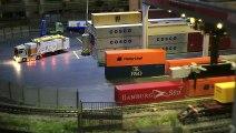 Terminal conteneur en miniature: Réseau Z avec des trains miniatures de Marklin - Une vidéo de Pilentum Télévision sur le modélisme ferroviaire avec des trains miniatures