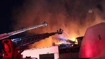 Denizli'de Tekstil Fabrikasında Yangın (3)