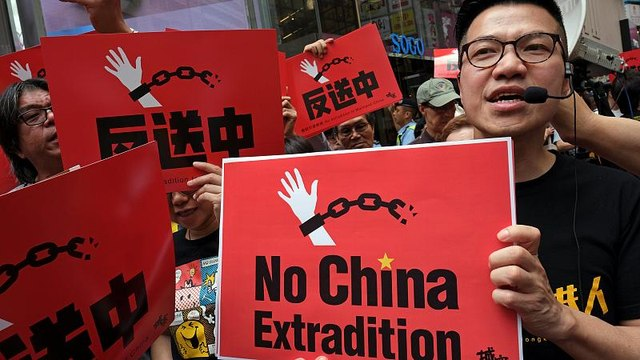 Hong Kong protests against proposed new extradition laws