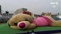 Le plus gros ours en peluche du monde est mexicain