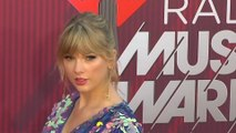 Taylor Swift watches 'Game of Thrones' alone because she gets 'too emotional'