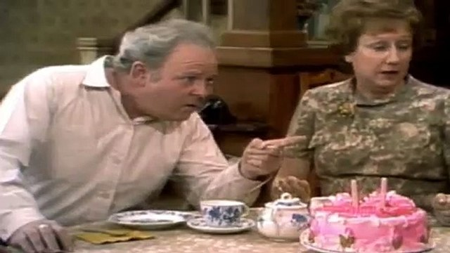 All in the Family  S 03 E 09  Flashback Mike and Glorias Wedding 1