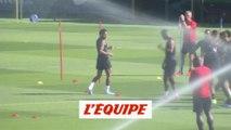 Neymar s'entraîne avec le groupe - Foot - L1 - PSG