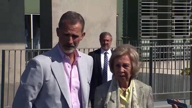 El rey Felipe, optimista tras la operación cardíaca de don Juan Carlos