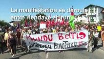 """Hendaye: les anti-G7 défilent pour """"un autre monde"""""""