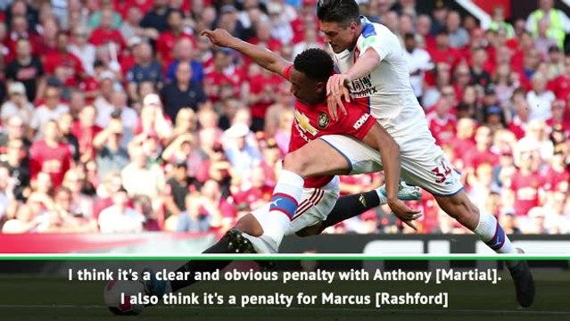 Solskjaer and Hodgson disagree over denied penalty appeals
