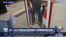 Contre-sommet du G7 à Bayonne: ils défilent avec des portraits décrochés en mairie d'Emmanuel Macron