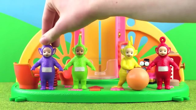 Teletubbies: Teletubbies Catching The Ball | Toy Play Video | Play games with Teletubbies