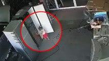 Une fillette enfermée dans un frigo, sauvée par sa mère