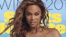 Tyra Banks est de retour en couverture du Sports Illustrated Swimsuit