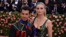 Sophie Turner and Joe Jonas gave out wedding invites during Billboard Music Awards