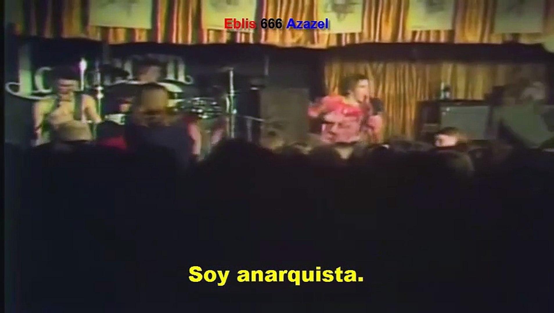 Sex Pistols — Anarchy in the U.K (subtitulada).