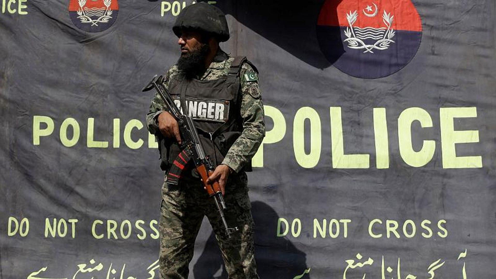 مسلحون يقتلون حارسا في الهجوم على فندق بمدينة غوادر