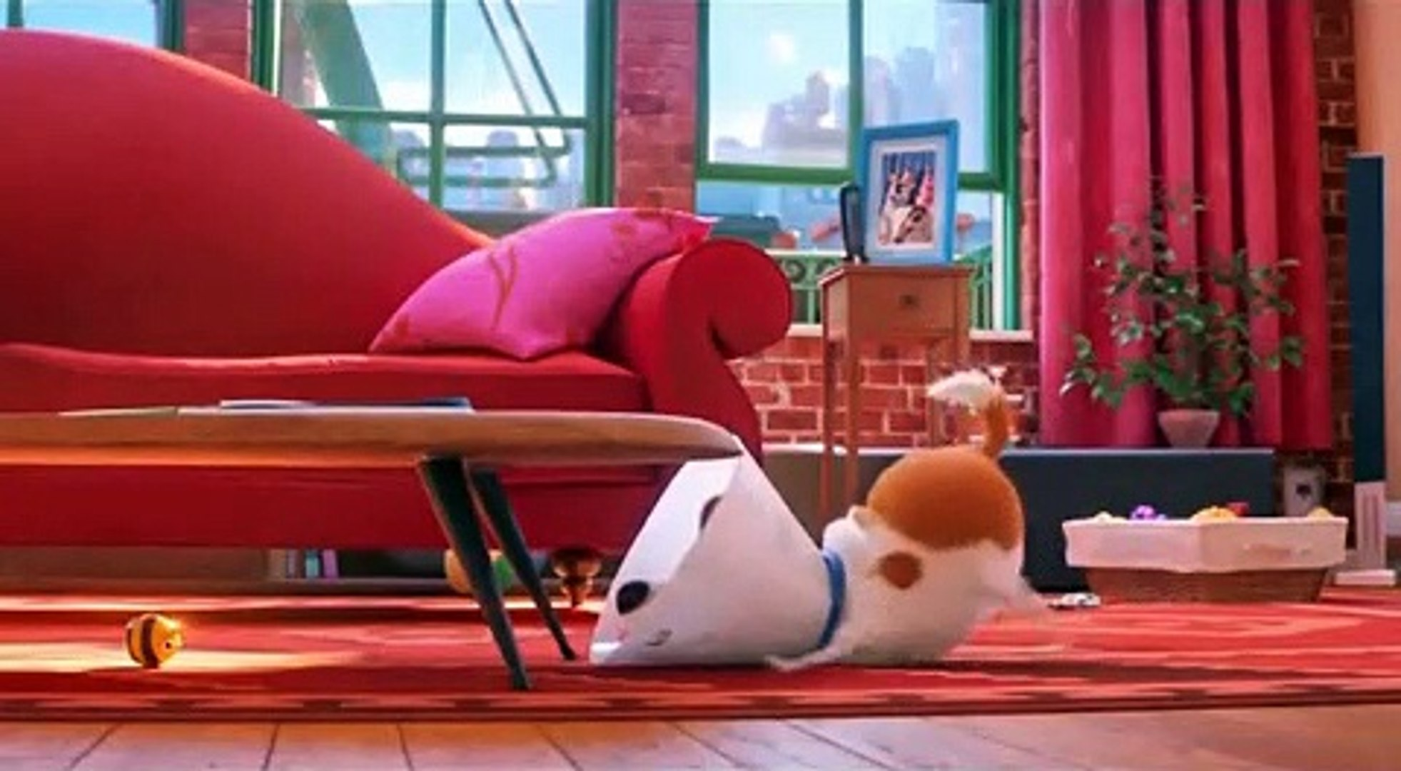 The Emoji Crew reacts to The Secret Life of Pets 2 Busy Bee Trailer