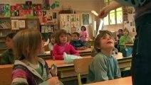 Amitié entre enfants : Travailler entre amis à l'école