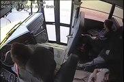 Cette conductrice de bus sauve la vie d'un adolescent d'une façon incroyable... Joli réflexe