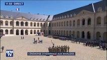 Hommage aux soldats tués au Burkina Faso: le drapeau quitte la cour des Invalides