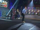 Jhong wows the crowd with his amazing stunts