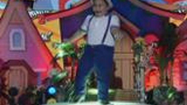 Mini Clarence humataw ng Zumba sa Grand Finals week ng Mini Me