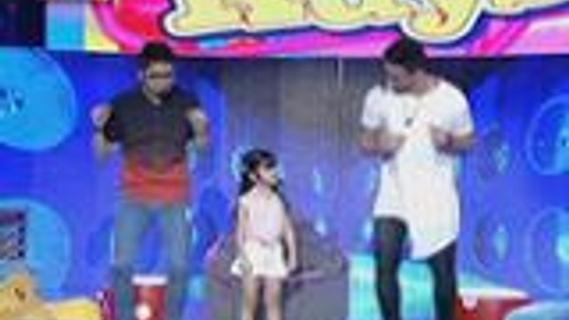 Xia, tinuruan sina Kuys Vhong and Billy ng chicken dance
