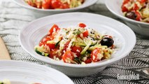 """How to Make Zucchini Noodle """"Pasta"""" Salad"""