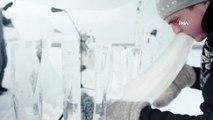 - Kuzey Kutbu'nda Buzdan Enstrümanlarla Konser- Okyanusların Karşı Karşıya Kaldığı Tehditlere Buzdan Enstrümanlarla Dikkat Çektiler