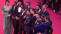 Les membres de Kourtrajmé et leurs proches montent les marches - Cannes 2019