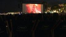 """Cannes: la """"Cité de la peur"""" projeté sur la plage avec les Nuls"""