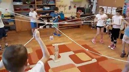 La Tour de Froebel, le jeu coopératif