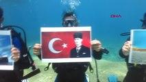 Muğla Fethiye'de 9 Dalgıç Deniz Dibinde Türk Bayrakları ile Geçit Töreni Yaptı