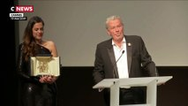 Alain Delon tire sa révérence en recevant la Palme d'Or d'honneur pour l'ensemble de sa carrière