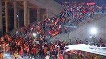 Spor Galatasaraylı Taraftarlar Stattan Ayrıldı