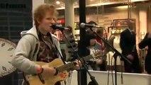 Ed Sheeran hát nhạc trên đường phố thời chưa nổi tiếng