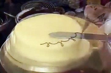Tuto comment dessiner/décorer un gâteau