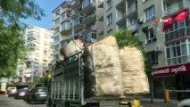 İzmir'de kamyonet kasasında ölüme davetiye çıkaran yolculuk