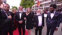 L'équipe du film L'Angle mort arrive sur le tapis rouge  - Cannes 2019
