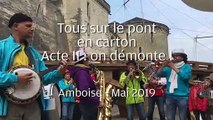 VIDEO. Amboise : Pont volant en carton acte II : la démolition