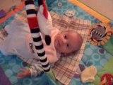 Enzo et son tapis d'éveil
