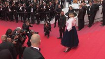 """Right Now: Elle Fanning at """"Once Upon a Time in Hollywood"""" Cannes Red Carpet"""