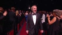 Standing ovation pour l'entrée d'Arnaud Desplechin dans le Palais des Festivals -Cannes 2019