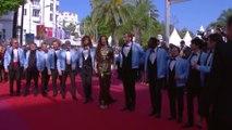 L'équipe des Crevettes Pailletées illumine le tapis rouge - Cannes 2019