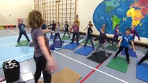 BONNE NOUVELLE CIMT   Des cours de yoga pour des élèves du primaire