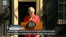 Theresa May anuncia emocionada que dimitirá el 7 de junio