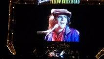 Les adieux émouvants d'Elton John au public belge