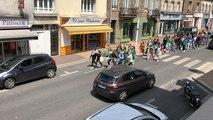 Manifestation pour le climat : les lycéens descendent la rue Couraye