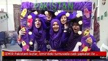 İZMİR Pakistanlı kızlar, İzmir'deki turnuvada cadı şapkaları ile mesaj verdi